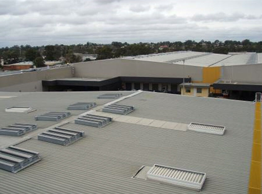 Smoke-control-systems-fire-and-smoke-curtains-shutters-vents_moorebank-ikea